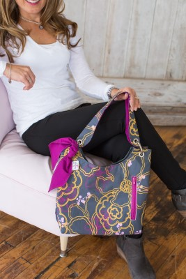 Sachet Bag in Graphic Blooms with Fuschia