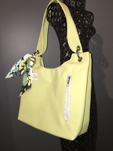 Small Sachet Bag in Lime