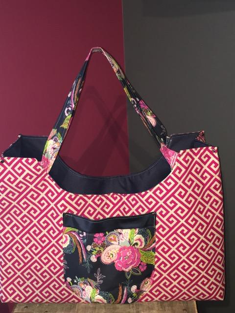 Colossal Bag in Greeka