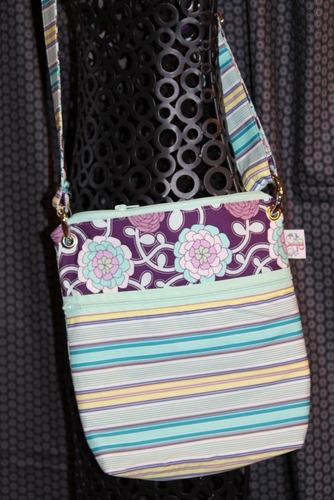 Large Zippered Messenger in Poetica Stripe