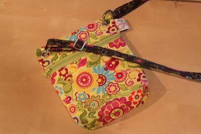 Mini Messenger in Lime Floral lime zip