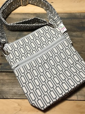 Small Messenger in Grey Tile