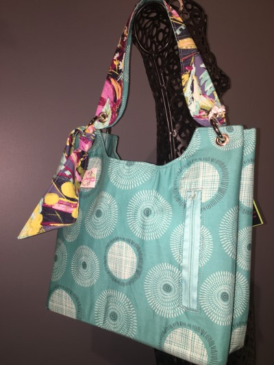 Sachet Bag in Turquoise, matching zip