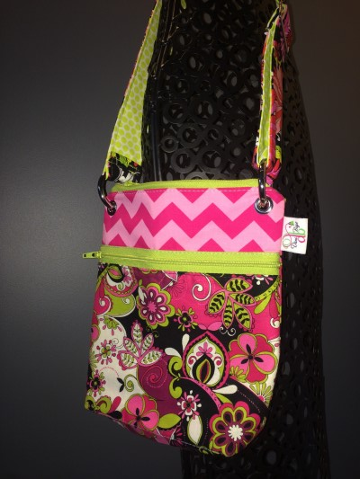 Small Messenger in Pink Chevron