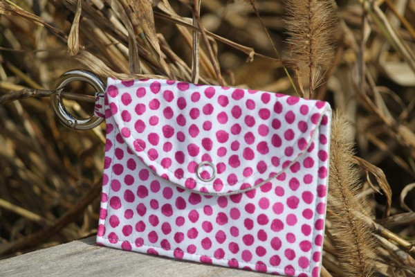 Change pouch with ring in Fuschia