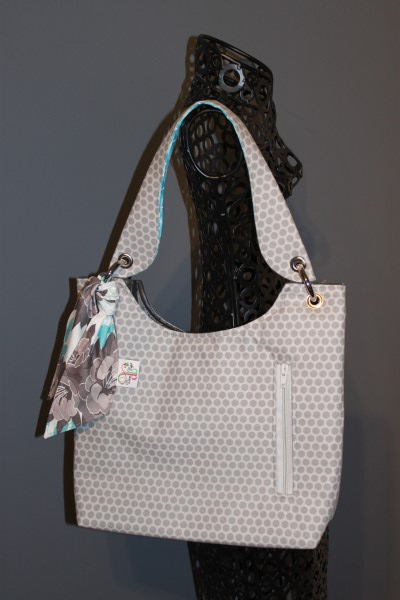 Small Sachet Bag in Grey Dots