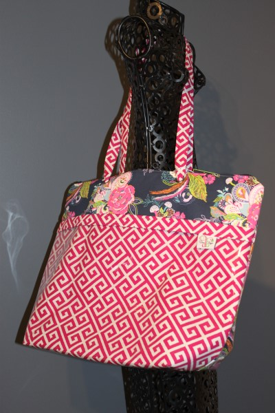 Zippered Vital Tote in Greeka Fuschia