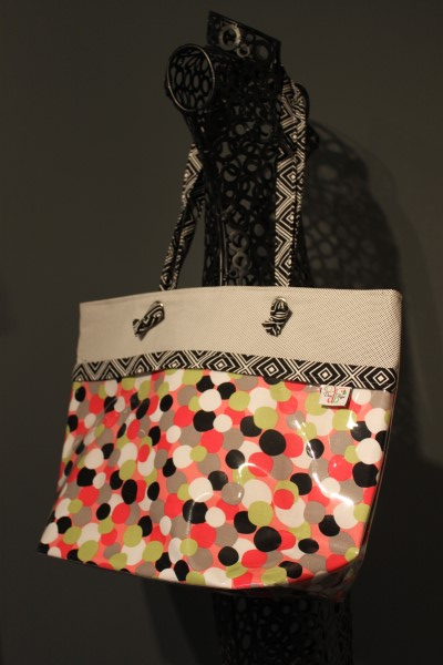 Vital Tote in Multi Dot