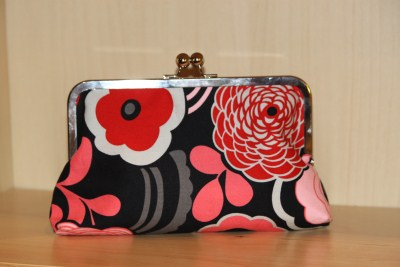 Purse Frame Clutch in Red Mocca