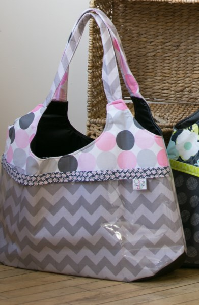 Surf Bag in Grey Dots