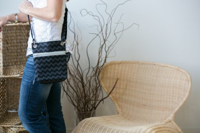 Minin Messenger in Black Chevron