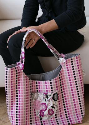Colossal Bag in Andrea Victoria dots(small)